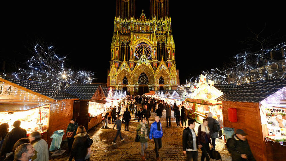 Photo: Christmas market in Reims