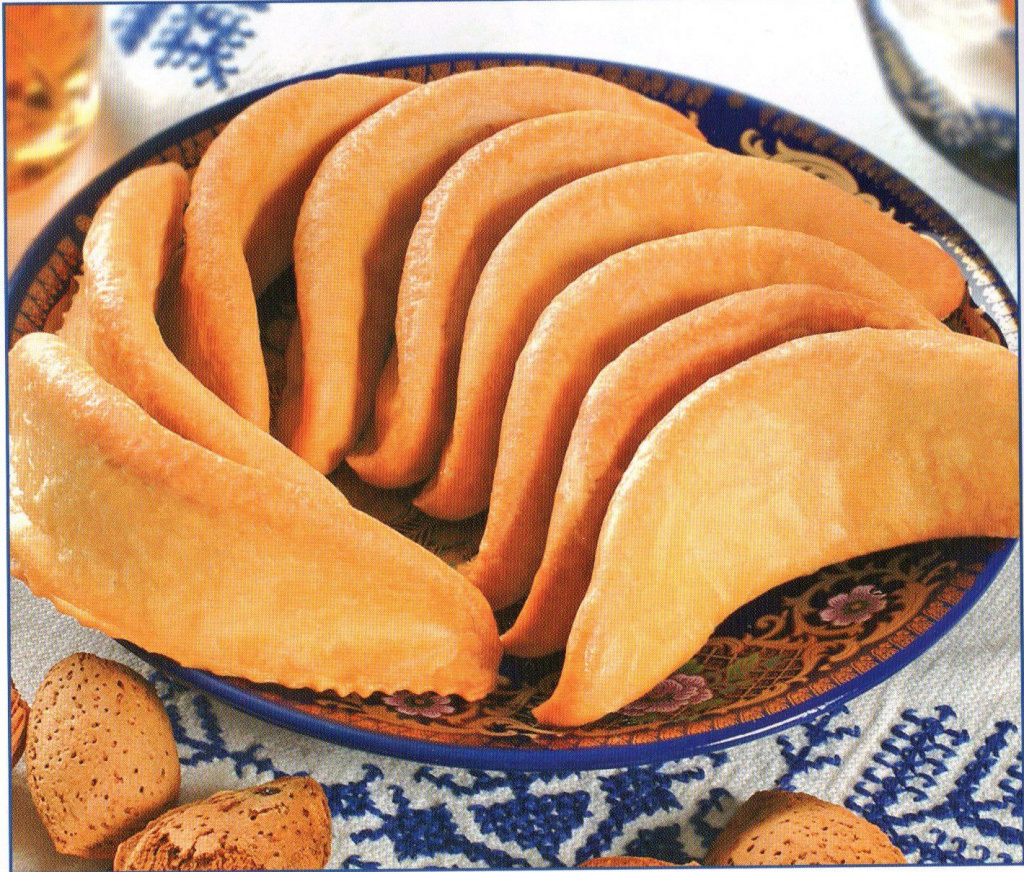 A common dessert in Morocco is kaab el ghazal (_gazelle's horns_), a pastry stuffed with almond paste and topped with sugar_.jpg