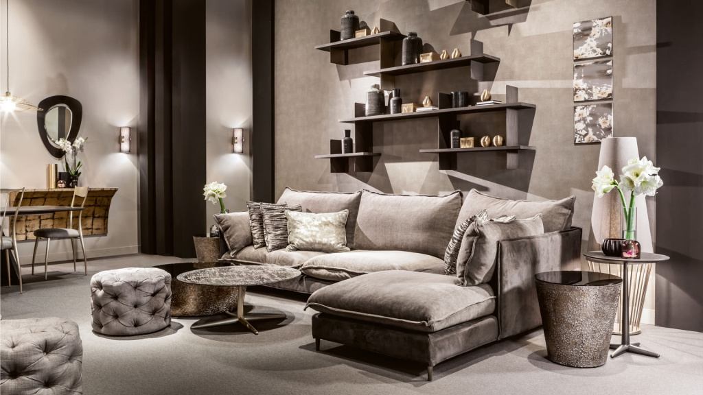 The George pouf from Cantori will become a companion for interiors of almost any style.  Source: fgall.ru