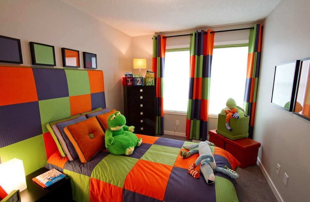 The boldness of the triadic scheme makes it the perfect choice for a child's room.  Photo: Wen-Di Interiors